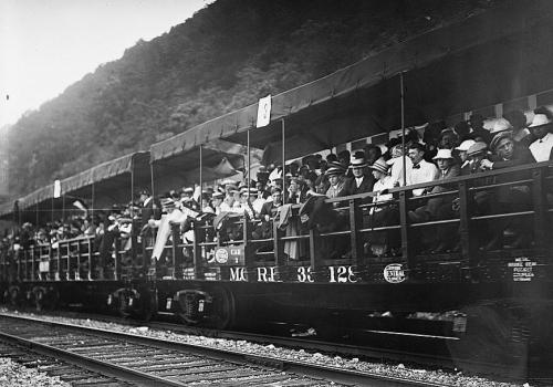 1913 New York Central Pokipse regatta